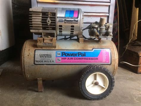cbell hausfeld powerpal air compressor 3 4 horsepower 7 5 gallon tank obo for sale in