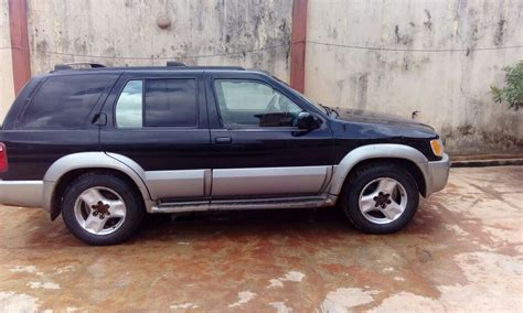 jeep infinity clean infinity qx4 jeep 2002 model for sale 950k