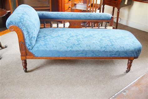 edwardian chaise lounge edwardian walnut chaise lounge hingstons antiques dealers