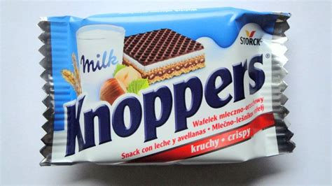 Knoppers Wafer knoppers review chocolate hazelnut wafer
