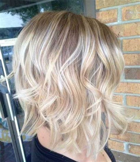 how to curl beach waves on short layered hair beachy waves for short hair short hairstyles 2017 2018