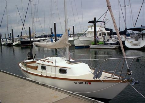 dory sailboat cape dory 22 northeast sailboat rescue listings