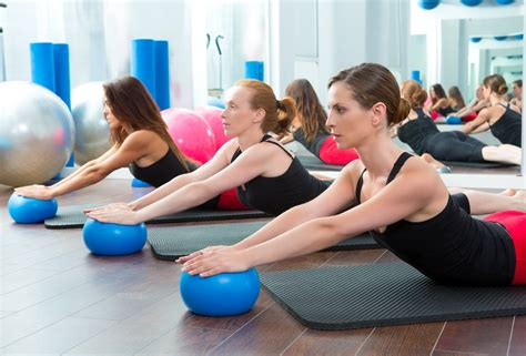 imagenes yoga pilates san diego 92130 fit in 60 make stretching a daily