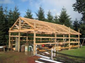 build a barn house how to build a pole barn shed haddi