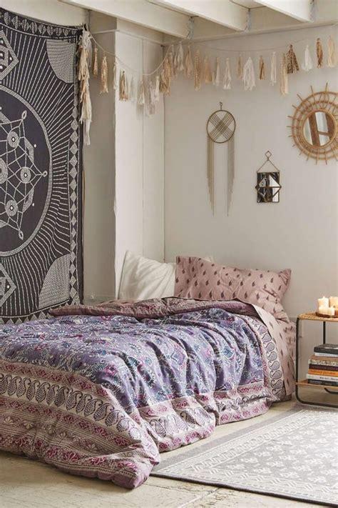 schlafzimmer ideen im boho stilpassende wandgestaltung