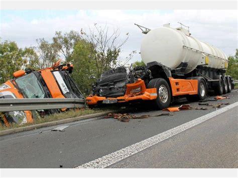 Unfall Motorrad A44 by Fotos Lastwagen Unfall Auf Der A44 Bei Zierenberg Wolfhagen