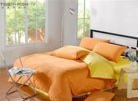 Sprei Uk 120 T 20 Cm Motif Orange Mix Hitam sprei orange kombinasi kuning uk 120 t 25cm warungsprei