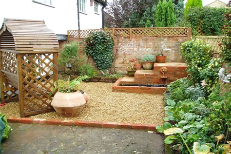 Designs For Small Gardens Ideas Some Helpful Small Garden Ideas For The Diy Project For The Adorable Small Garden