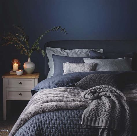 cozy bedrooms 33 ultra cozy bedroom decorating ideas for winter warmth