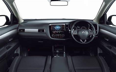 Mitsubishi 20g Mitsubishi Outlander 20g Safety Package Cvt 2 0 2015