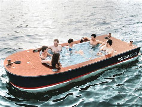 een boot een hot tub boottochtje want