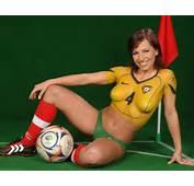 欧美足球宝贝人体彩绘高清壁纸 游戏MM图片图12 电�之家PChomenet