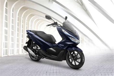 Pcx 2018 April by Honda Pcx Hybrid Harga Spesifikasi Gambar Review