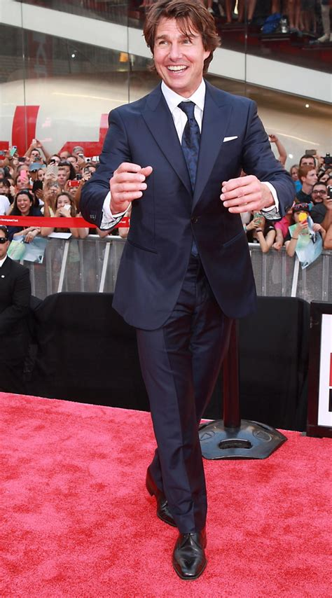 Tom Hit The Carpet by Tom Cruise Photos Hit The Carpet For The