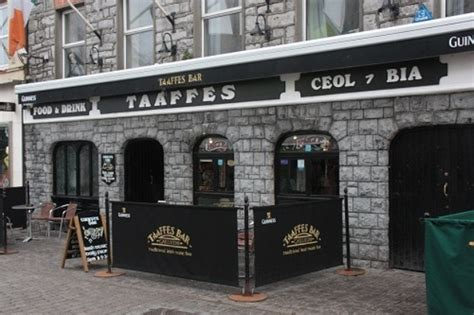 traditional in galway pubs santa fe travelers