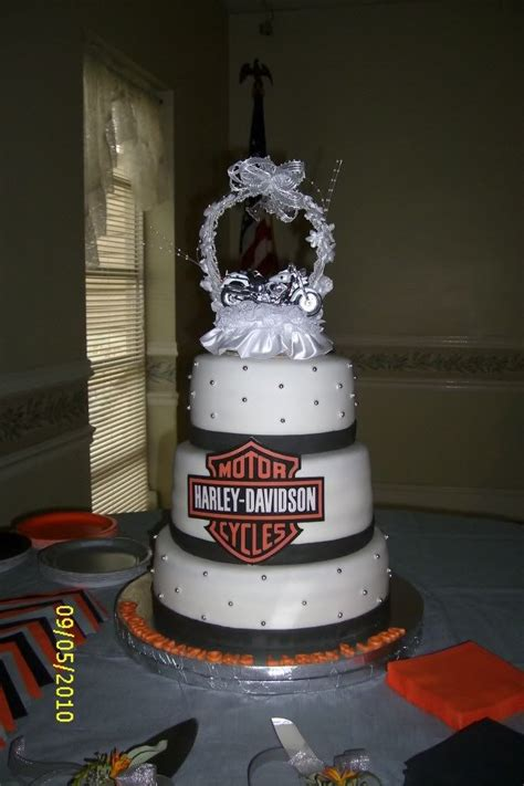 Wedding Cake Ride by Best 25 Wedding Cakes Pictures Ideas On