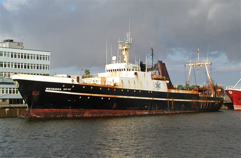 fv retriever type of ship other ship callsign wdf7681 file cuxhaven 2006 wiesbaden ship 1973 by raboe jpg