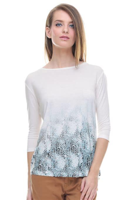 Lgs Kaos Wanita Lgs Putih regular fit kaos wanita gambar sablon putih