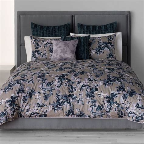 simply vera wang coverlet 1000 images about bedding on pinterest modern classic