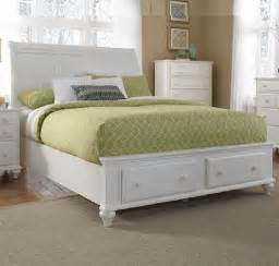 Broyhill White Bedroom Furniture Broyhill Furniture Hayden Place Storage Sleigh Bed In Linen White 4649 Traditional