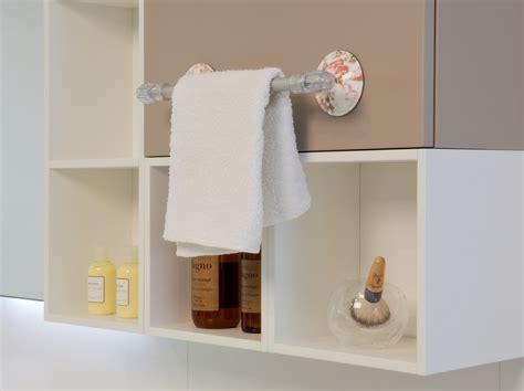 accessori bagno con ventosa in bagno accessori senza viti e tasselli cose di casa