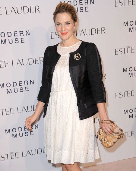 Dannielynns Baby To Be Revealed This Week by Drew Barrymore Reveals She S A Baby With Hubby