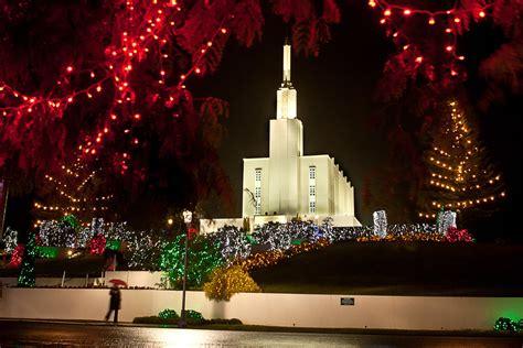 mormons prepare to turn on christmas lights