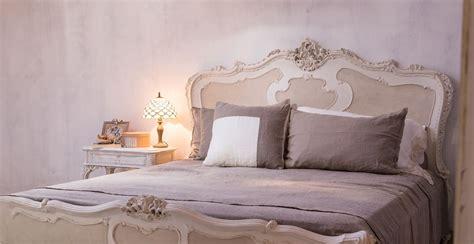 testata letto con cuscini dalani cuscini per testata letto morbide decorazioni