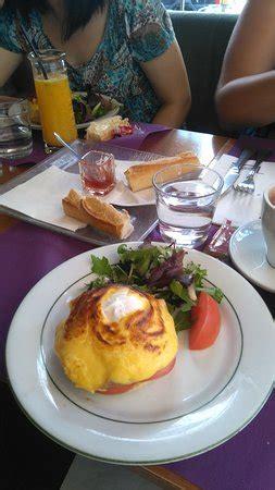 Comptoire De L Arc by Restaurant Comptoir De L Arc Dans Avec Cuisine