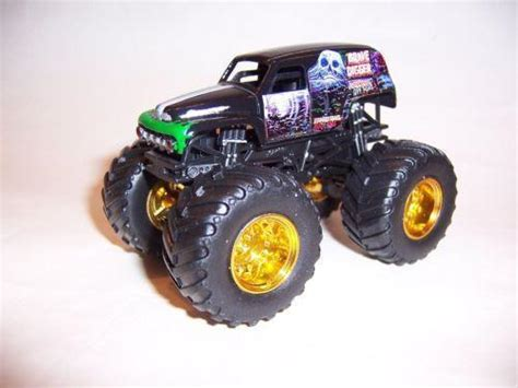bigfoot monster truck toys bigfoot monster truck toy ebay