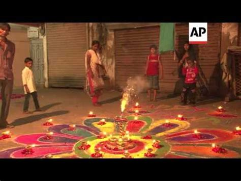 hindus celebrate diwali the festival of lights