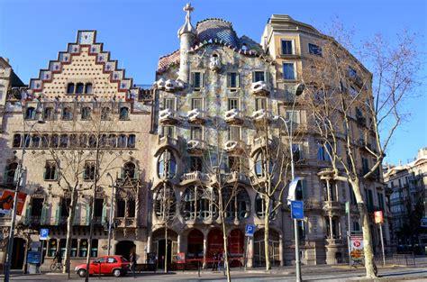 la casa la casa batll 243 les pedres de barcelona