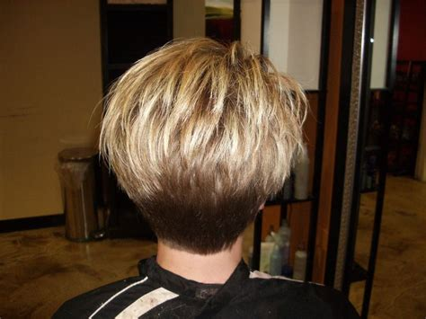 the difference in tapered and layered hair style them fabulous high layered a line with tapered