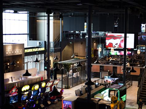 cineplex rec room a massive gaming and sports bar complex is coming to