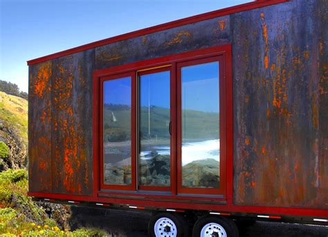 tumbleweed tiny house trailer tumbleweed s tiny popomo trailer is a rolling home that
