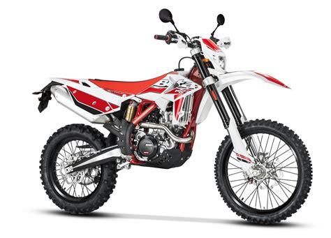 2018 dual sport motorcycles dirt bike magazine 2018 beta dual sport bikes