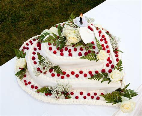 Hochzeitstorten Deko by Hochzeitstorten 25 Sch 246 Ne Deko F 252 R Torten Aequivalere