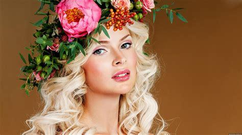 wallpaper flower girl beauty girl flower wreath hd images wallpapers new hd