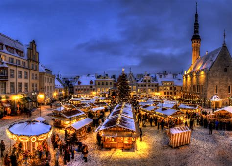Arts And Crafts Christmas Decorations - the 7 best christmas markets in the world