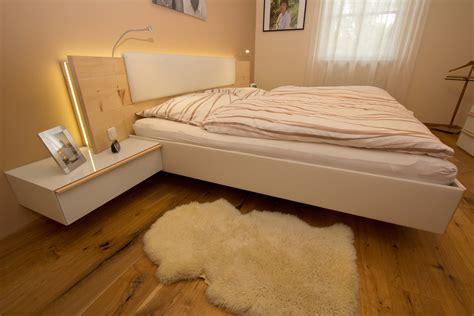 bett zirbenholz zirbenholz schlafzimmer in enns listberger tischlerei