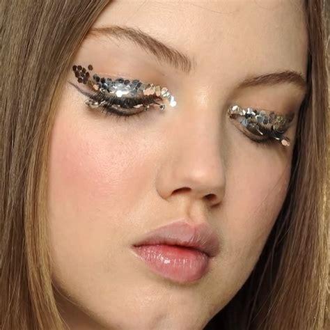 Glitter Makeup 9 brit approved ways to wear glitter makeup brit co