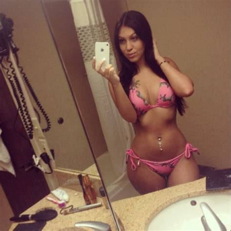 curvy thick instagram chicks booty of the day big booty pics curvy thick instagram chicks