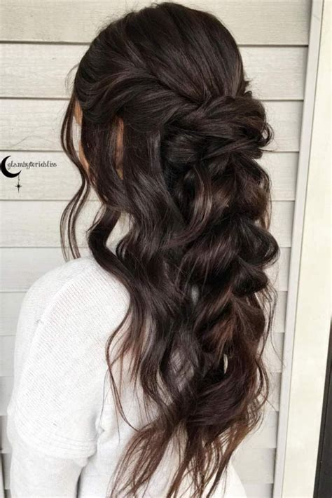 Half Up Hairstyles For Hair by Best 20 Bridesmaids Hairstyles Ideas On