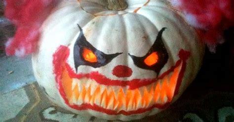 killer clown pumpkin   autumn ideas
