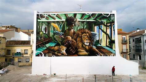 incredible wall murals featured   st