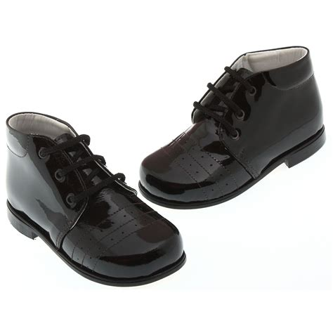boys black patent shoes in leather cachet