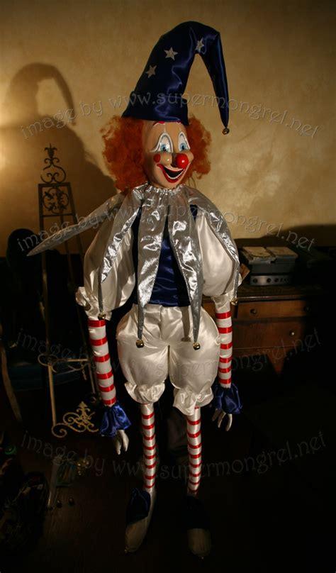 Home Decor Magazines Online lifesize poltergeist clown replica the green head