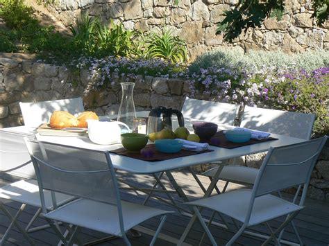 le patio corbara location vacances villa corbara un petit d 233 jeuner dans le