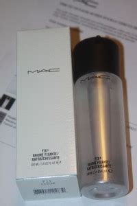 Mac Finishing Spray mac finishing spray i recommend for flaky skin gives