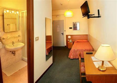 hotel rosengarden pavia hotel rosengarten pavia 箘talya otel yorumlar箟 ve